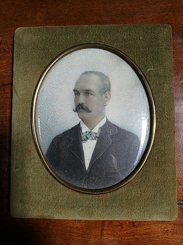 Miniatura, bellotti, avorio, ivory, miniature, portrait, ritratto, uomo, gentiluomo, XX, sec, firmata, signed