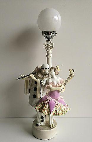 lampada, ceramica, Goldscheider, Vienna, 1920, XX, secolo, anni, 20, Padola, Pierrot, Pierrette, musica, lampada, lamp, lighting, ceramic,