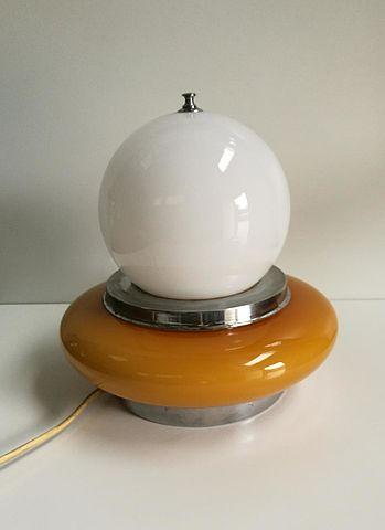 Lampada da tavolo in vetro anni 50 gialla bianca