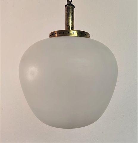 Stilnovo, luce, lampada, sospensione, chandelier, vetro, satinato, bombato, ottone, glass, brass, lighting, illuminazione, italiana, Italia, Italy, anni, '50, anni50, midcentury, 1950s,